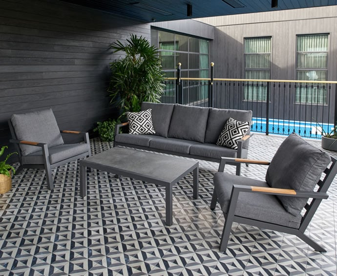 Melton Craft outdoor lounge suite