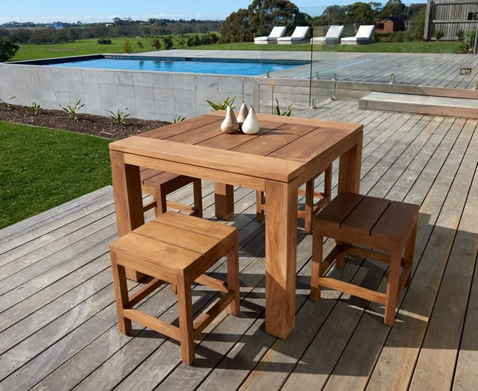 Melton Craft small outdoor setting